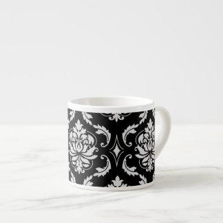 クラシックな白黒花のダマスク織パターン エスプレッソカップ