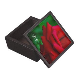クラシックな赤いバラの優れたギフト用の箱 ギフトボックス