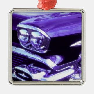 クラシックな車: 1958年のシボレー メタルオーナメント