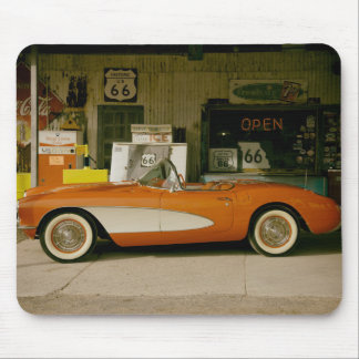 クラシックRT 66の給油所 マウスパッド