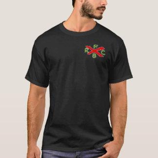 クラブTシャツを走っている汚れた男の子 Tシャツ