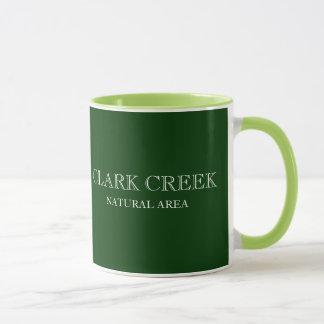 クラーク入り江自然な区域の滝のマグ マグカップ
