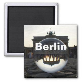 クリスタル・ボールを通して、ブランデンブルク門 マグネット