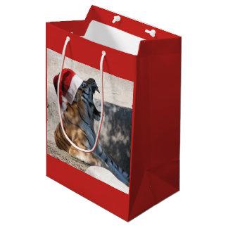 クリスマスのためのサンタクロースの帽子を身に着けているベンガルトラ ミディアムペーパーバッグ