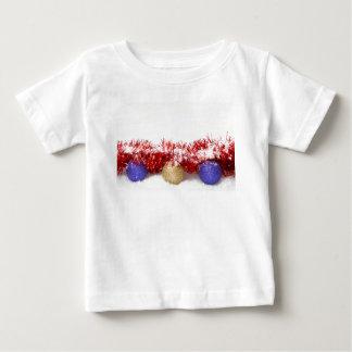 クリスマスのつまらないもののチンサルおよび雪のベビーのTシャツ ベビーTシャツ
