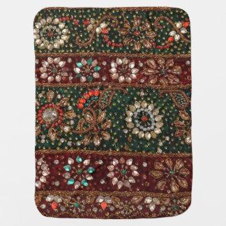 クリスマスのインドのきらきら光るなインドの織物の刺繍 ベビー ブランケット