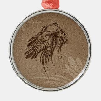 クリスマスのオーナメントのブラウンのシルエットのインディアンの酋長 メタルオーナメント