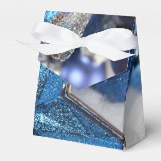クリスマスのギフト用の箱 フェイバーボックス