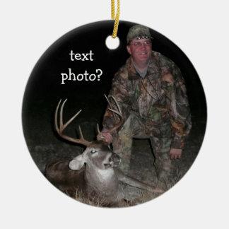クリスマスのコレクションのシカのハンターは写真を加えます セラミックオーナメント