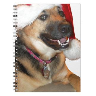 クリスマスのジャーマン・シェパード ノートブック