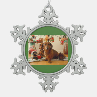 クリスマスのダックスフント(版1) スノーフレークピューターオーナメント
