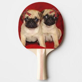 クリスマスのパグの子犬 卓球ラケット