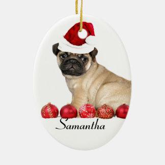 クリスマスのパグ犬のカスタムな楕円形のオーナメント セラミックオーナメント