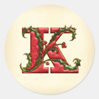 クリスマスのヒイラギのモノグラムKの封筒用シール ラウンドシール