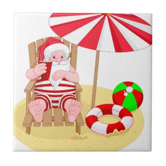 クリスマスのビーチサンタクロース タイル