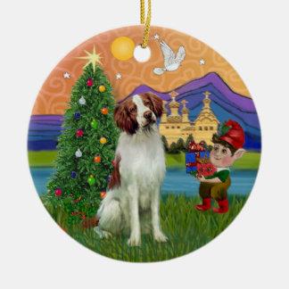 クリスマスのファンタジー-ブリッタニースパニエル犬 セラミックオーナメント