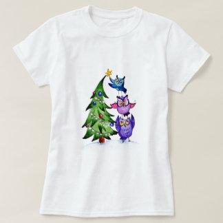 クリスマスのフクロウの休日の木 Tシャツ