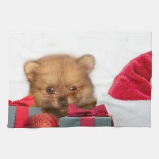 クリスマスのポメラニア犬の子犬 キッチンタオル