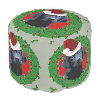 クリスマスのラブラドール犬 プーフ