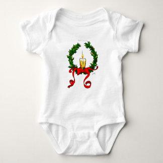 クリスマスのリースおよび蝋燭のTシャツ ベビーボディスーツ
