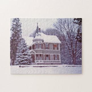 クリスマスの古くビクトリアンな家 ジグソーパズル