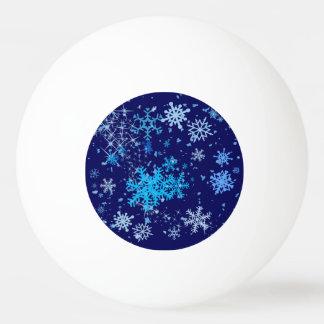 クリスマスの夜の降雪 卓球ボール