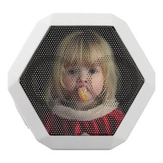 クリスマスの女の子-クリスマスの児童のかわいい女の子 ホワイトBluetoothスピーカー