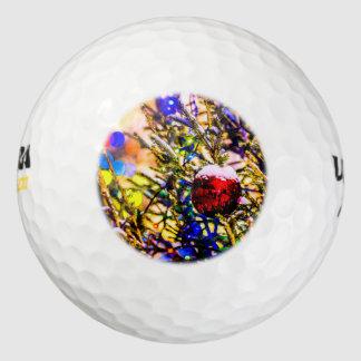 クリスマスの球の赤 ゴルフボール
