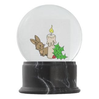 クリスマスの蝋燭が付いているバニー スノーグローブ