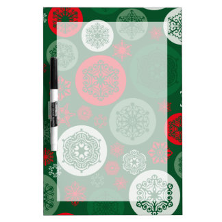 クリスマスの赤い及び緑の雪片のオーナメントパターン ホワイトボード