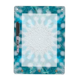 クリスマスの雪片のフラクタルの芸術 ホワイトボード