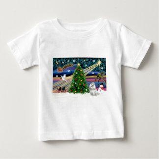 クリスマスの魔法マルチーズかわいこちゃん ベビーTシャツ