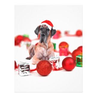 クリスマスオーナメントのギフトを持つグレートデーン犬 レターヘッド