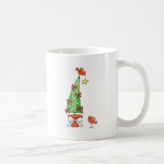 クリスマスツリーおよび赤い鳥 コーヒーマグカップ