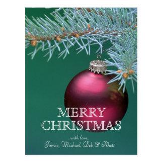 クリスマスツリーからつるしているオーナメント ポストカード