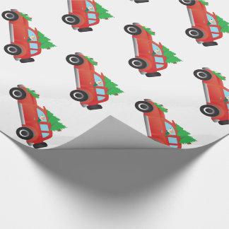 クリスマスツリーが付いている車を運転しているイングリッシュ・フォックスハウンド犬 ラッピングペーパー