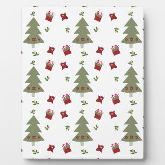 クリスマスツリーのプレゼントおよびヒイラギ フォトプラーク
