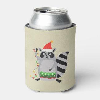 クリスマスライトでもつれるサンタの帽子のアライグマ 缶クーラー