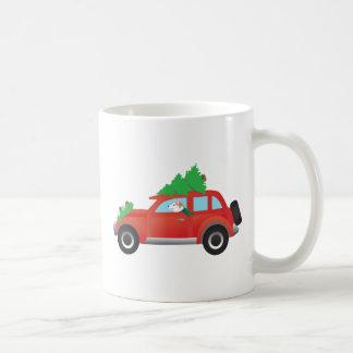 クリスマス車の赤いシベリアンハスキー コーヒーマグカップ