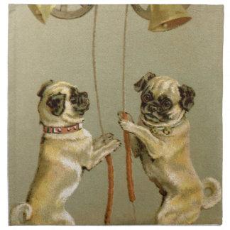 クリスマス鐘を鳴らしている2匹のパグ犬 ナプキンクロス