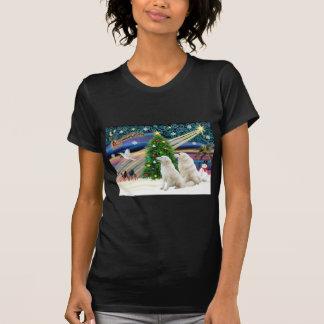 クリスマス魔法のKuvasz (2) Tシャツ