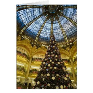 クリスマス、パリ、フランスのGaleriesのLa Fayette カード