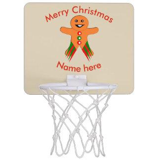 クリスマス・パーティのジンジャーブレッドマンのバスケットボールたが ミニバスケットボールゴール