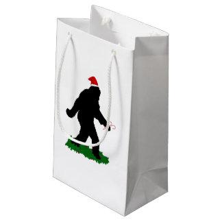 クリスマスSquatchin スモールペーパーバッグ
