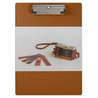 クリップボードの陰性が付いている古い   カメラ クリップボード