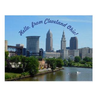 クリーブランドオハイオ州(曲げられた文字)のスカイラインの郵便はがき ポストカード