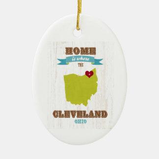 クリーブランド、オハイオ州の地図-ハートがあるところでがあります家 セラミックオーナメント