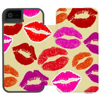 クリーム色のキス iPhone SE/5/5sウォレットケース