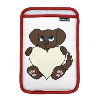 クリーム色のハートのバレンタインデーチョコレート犬 iPad MINIスリーブ