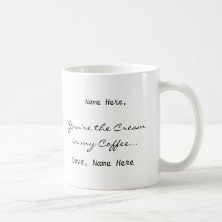 クリーム色のマグ コーヒーマグカップ